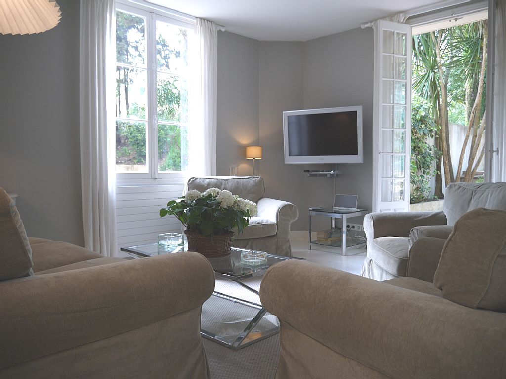short term villa rental in cannes
