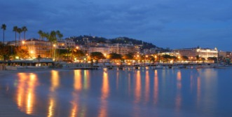bay of cannes by night